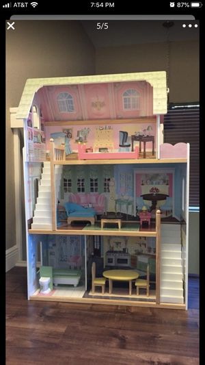 Imaginarium dollhouse large for Sale in Boynton Beach, FL