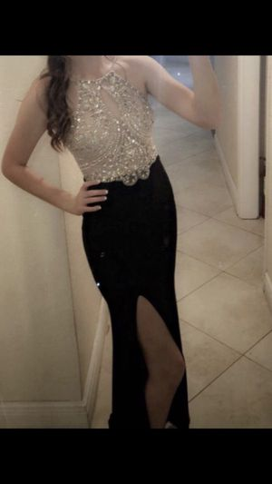 Embroidered Keyhole Halter Gold/Champagne/Black Prom Dress with slit for Sale in Orlando, FL