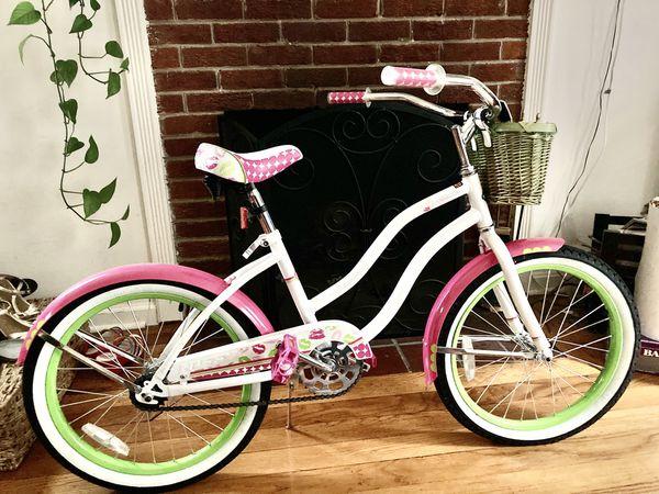 "Huffy Cruiser Bike with basket 24"""