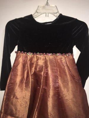 Girls SZ 6 holiday birthday wedding dress black velvet metallic gold brown floral bottom for Sale in El Mirage, AZ