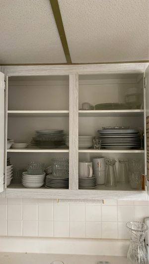 Kitchen ware for Sale in Lake Worth, FL