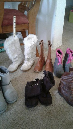 Little gril boots for Sale in Madera, CA
