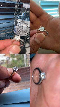 Princess Cut Diamond Ring. White Gold W/ Diamonds (don Robertos Jewlers) for Sale in Tracy,  CA