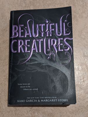 Beautiful Creatures YA Book for Sale in Parlier, CA