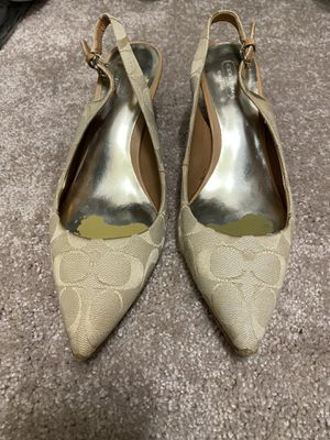 Coach Kitten heel shoes Size 9 for Sale in Selinsgrove, PA