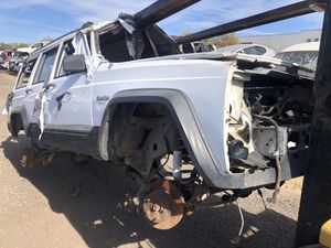 Cherokee sport parts for Sale in Phoenix, AZ