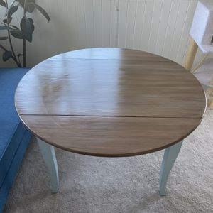 Small Dining Room Table for Sale in San Diego, CA