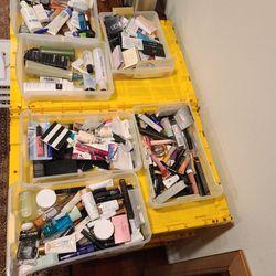 Makeup LANCOME, ESTEE LAUDER, CLINIQUE, CHRISTIAN DIOR, JUICY, MAC for Sale in Saratoga,  CA