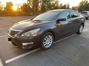 2013 Nissan Altima 2.5 S for Sale in Bloomington, CA