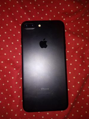 IPhone 7 plus unlocked for Sale in Yonkers, NY