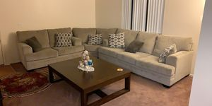 Sectional and Coffee table for Sale in Victorville, CA