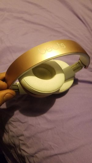 Gold pair Dre Beats wireless for Sale in Denver, CO