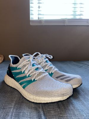 Adidas Boost BRAND NEW for Sale in Riverside, CA