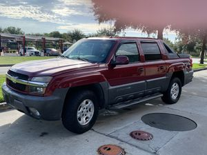 2005 Chevy Avalanche Z71 for Sale in Wahneta, FL