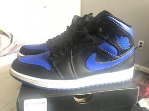 AIR Jordan 1 Mid , Black/Hyper royal white for Sale in Selden, NY