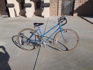 Vintage schwinn bike for Sale in Fontana, CA