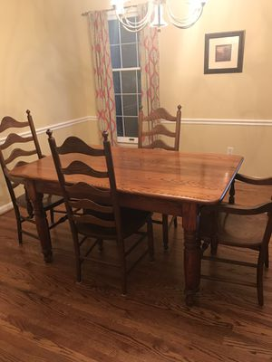 Farmhouse dining room set for Sale in Washington Crossing, PA
