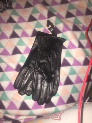 Michael Kors gloves for Sale in San Diego, CA