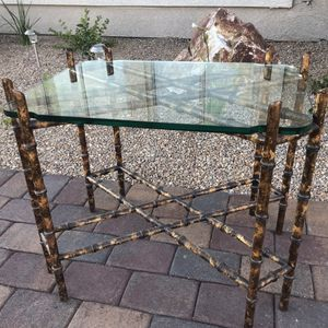 Unique glass top wooden side table / end table for Sale in Henderson, NV