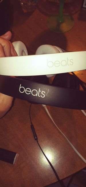 BEATS earphones for Sale in CARLISLE BRKS, PA