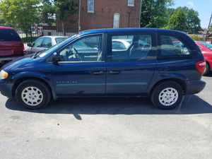 01 Chrysler voyager. 150xxx miles for Sale in St. Louis, MO