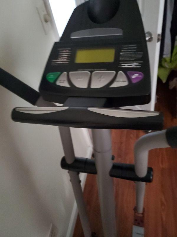elliptical machine proform 900 cardio cross trainer