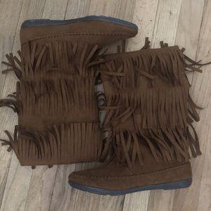 Women's Fringe boots NEW for Sale in Millstone, NJ
