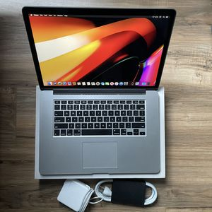 """FAST Quad Core i7 512GB SSD 16GB 15"""" MacBook Pro High Performance Keeps Up With 2018 19 And 2020 13"""" for Sale in Los Angeles, CA"""