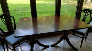 Antique dining Room table and chairs for Sale in Canton, OH