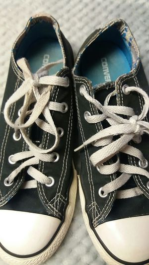Converse shoes-Black and white-Size 4 for Sale in Austin, TX