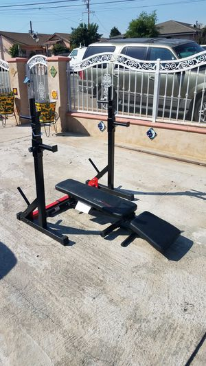 Combo set - squat rack with bench press for Sale in Montebello, CA