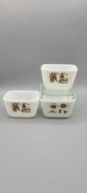 Vintage Pyrex refrigerator dishes in Early American pattern for Sale in Phoenix, AZ