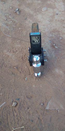 B&W TOW HITCH for Sale in Scottsdale,  AZ