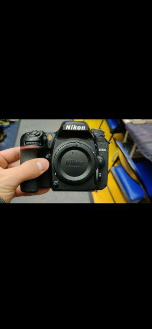 Nikon D7500 + Lense 18 - 105 /3.5 - 5.6 f for Sale in Los Angeles, CA