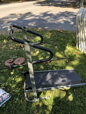 Manual treadmill and weight set for Sale in PA, US