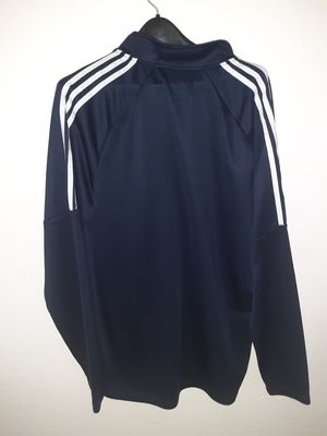 Shirt adidas size XL like new for Sale in Sherwood, OR