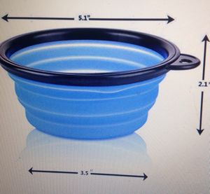 Twin pack of collapsible dog or cat bowls asking 6.00 for Sale in Los Angeles, CA