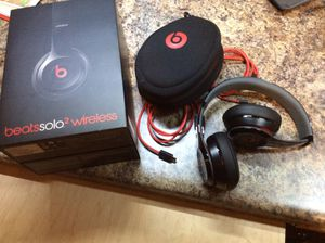 Beats solo 2 wireless headphones for Sale in Shakopee, MN