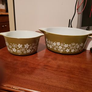 Vintage Pyrex for Sale in Lithonia, GA