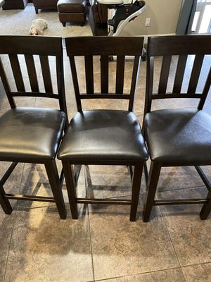 3 bar stools for Sale in Clovis, CA