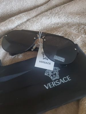 Brand New Versace sunglasses for Sale in Beaverton, OR