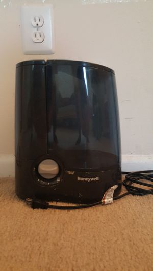 Humidifier with box for Sale in Fairfax, VA