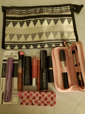 New Never Used Various Beauty Bundle Various Beauty Products. Must Pick Up. Shipping Available. for Sale in El Paso, TX