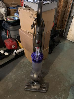 Dyson DC-40 Vacuum Cleaner for Sale in Sterling Heights, MI