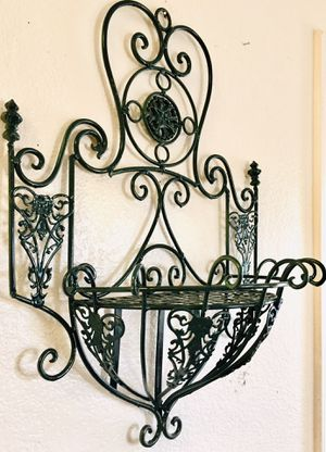 Beautiful wall iron art, indoor-outdoor H24xW18xD9 inch for Sale in Chandler, AZ