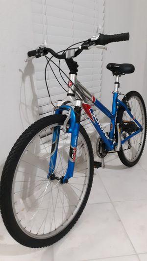 Schwinn 6061 aluminum bike for Sale in Grand Prairie, TX