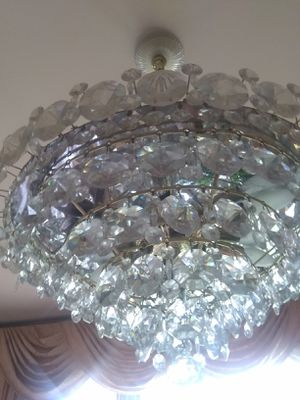Beautiful crystal chandelier for Sale in Aspen Hill, MD