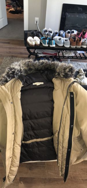 Michael Kors parka jacket in tan for Sale in Columbus, OH
