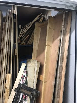 Free wood , need gone by today for Sale for sale  Rahway, NJ