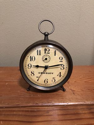 Crosley Vintage Alarm Clock (Lehi-Thanksgiving Point) for Sale in Eagle Mountain, UT